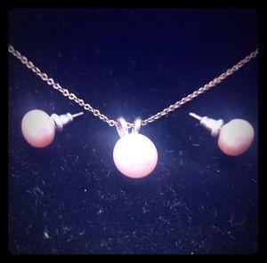 Set pink pearls